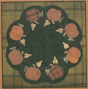 Primitive Gatherings - Pumpkin Table Mat