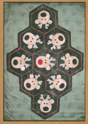 Primitive Gatherings - Reindeer Table Mat